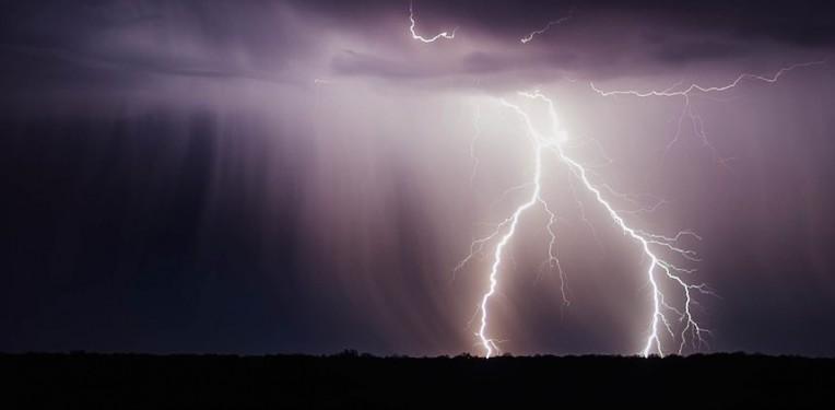 lightning_bolt_biotech